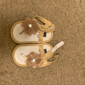 Other - Baby shoes/booties